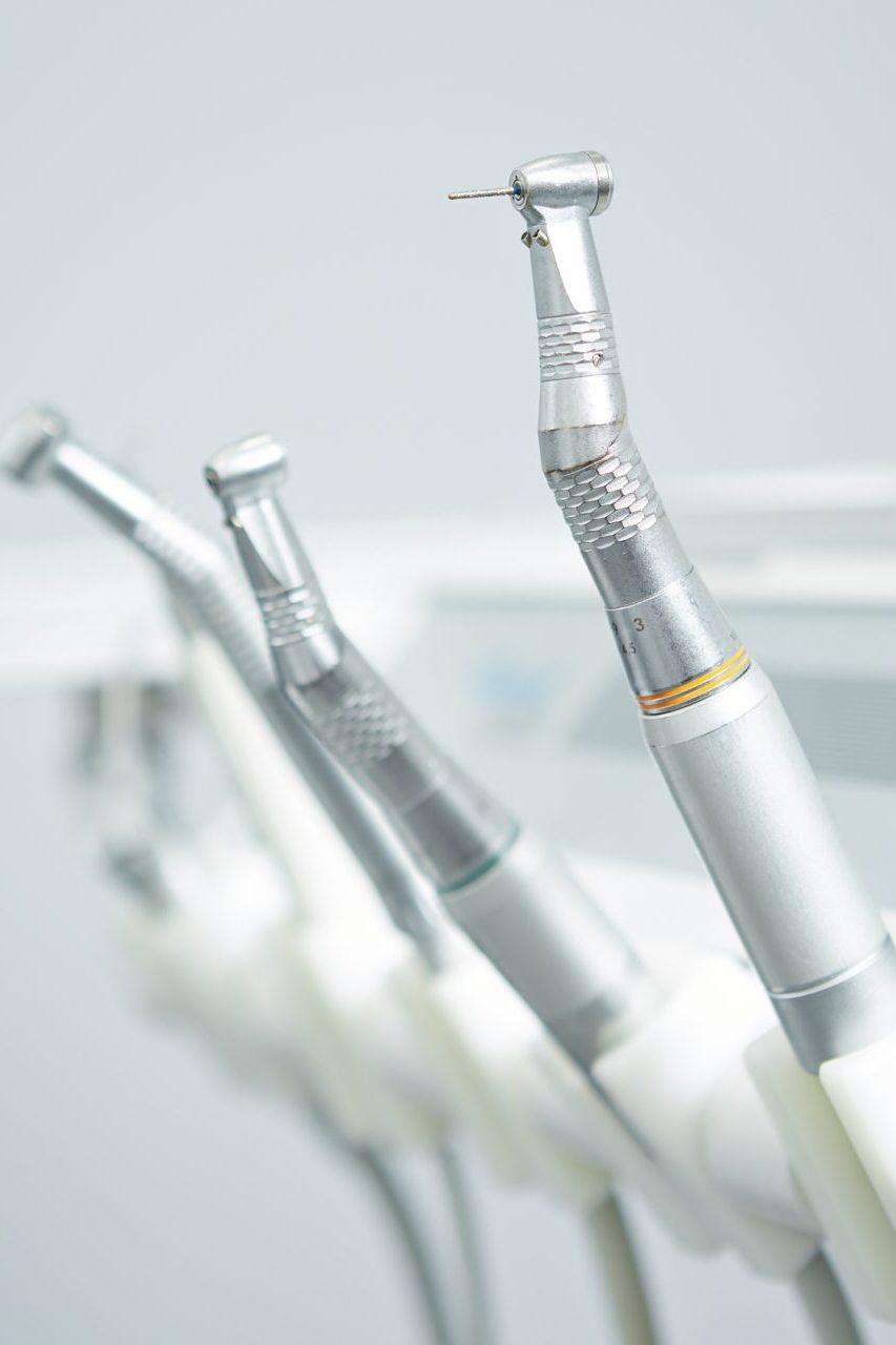 Dentalinstrumentsanddrill-1